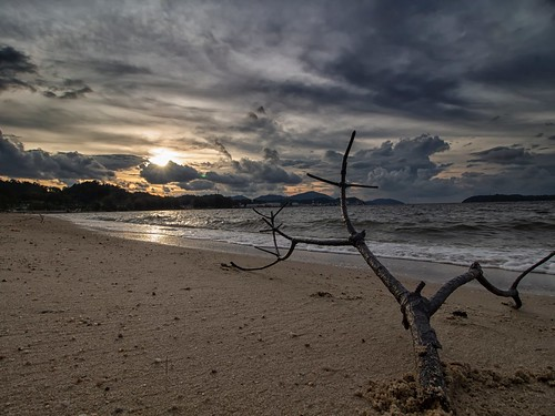 sunset sundown beach coast seascape shoreline cloud lumut perak malaysia travel place trip canon eos700d canoneos700d canonlens 10mm18mm wideangle happyplanet asiafavorites