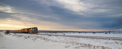 uprr unionpacificrailroad train railroad locomotive up1989 heritageunit skitrain colorado moffatsub arvada co snow sky pentaxk100d pentaxda21mmf32limited