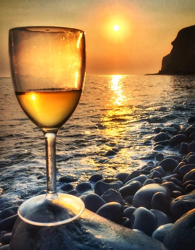 relax phototherapy mindfulness peaceful tranquility beach water tide southwales dunravenbay coast wine sunset