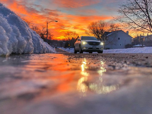 cold cood cars winter snow reflection morning sunrise