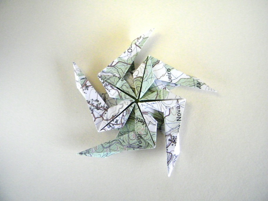 Pentagonal Spinning Star - Masoud Hosseini