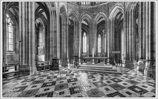 Eglise Mont St Michel-1