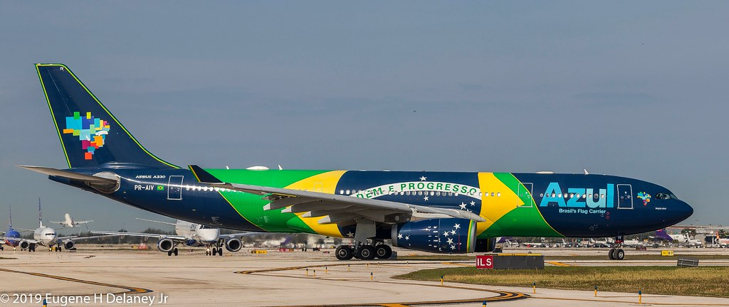 Check in Azul Linhas Aereas - Orlando, Florida - Airport ...
