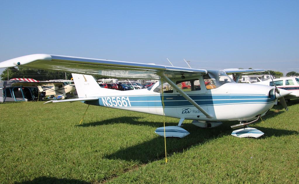 Cessna 172 N35661 Oshkosh 24/07/18   Vince Horan   Flickr