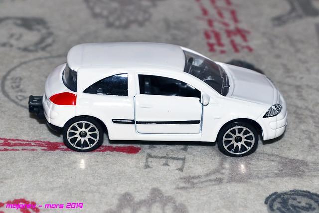 N°221C Renault Mégane II 47441974802_5cfe37a267_z