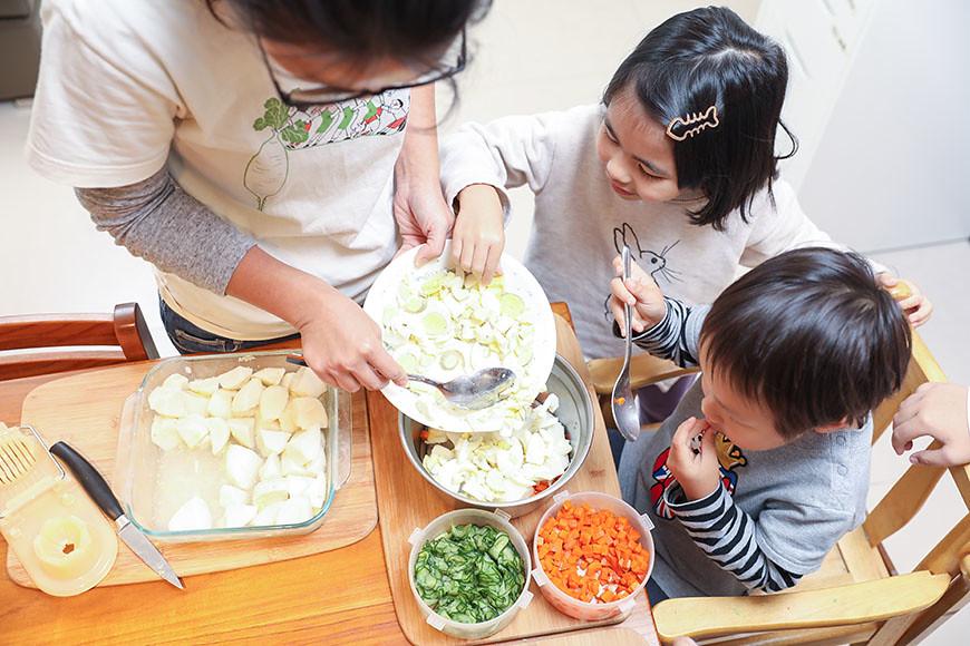 在婉君家,合作社、廚房和餐桌,三者是能夠彼此融會貫通的學習場。