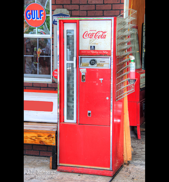 Vintage Coca-Cola Machine - Granville, Tennessee