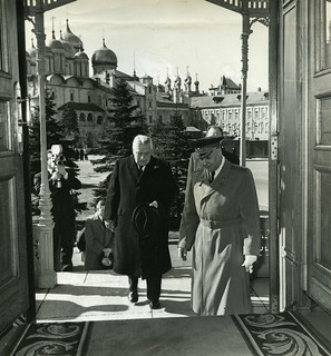 Walter Nash Entering the Kremlin c.1937 - c.1939