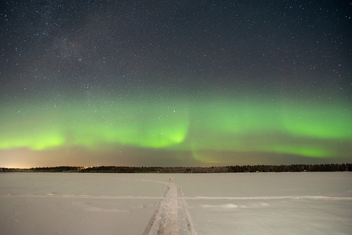 Chasing aurora in Finland | by timhughes