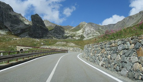 SS27 Colle del Gran San Bernardo-5 | by European Roads