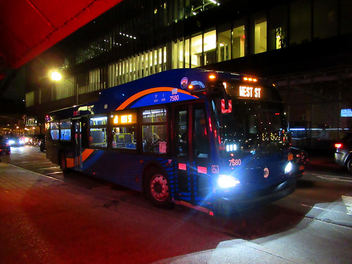 "2018 New Flyer ""Xcelsior"" XD40 7580 on the M8 at East 8 Street & 4 Avenue 