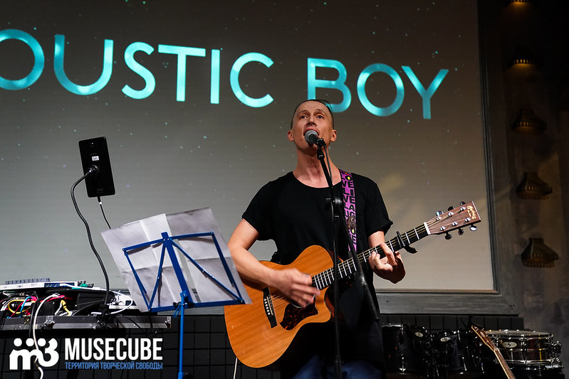 acoustic_boy_018