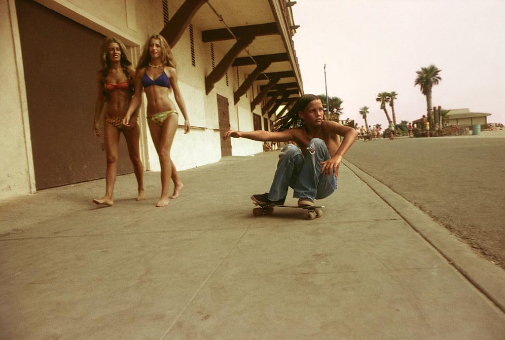 Шарики и ролики rediscovered-photos-of-the-70s-hollywood-skate-scene-1439398811