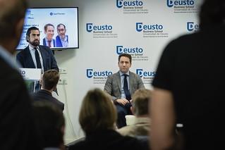 El secretario general del Partido Popular, Teodoro García Egea, clausura el Seminario de Blockchain en la sede de la Universidad de Deusto. (11/04/2019) | by PP Congreso