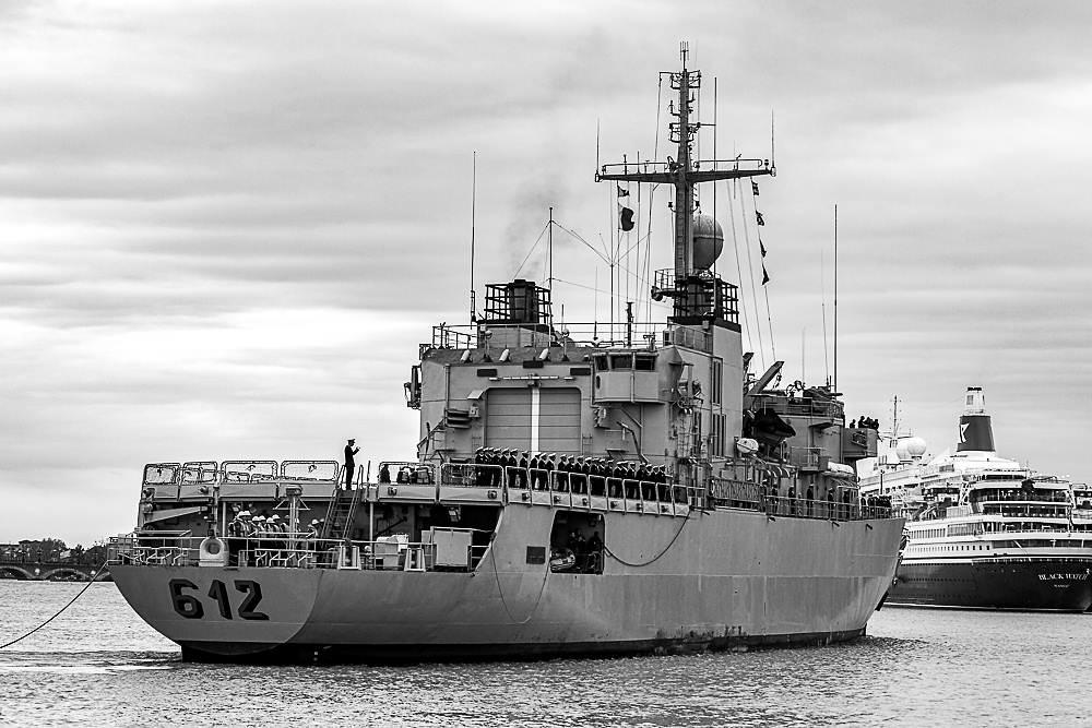 Royal Moroccan Navy Floréal Frigates / Frégates Floréal Marocaines - Page 14 33674736738_b61af5d4f8_b