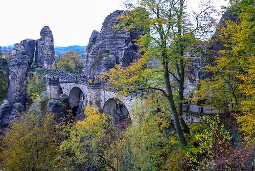 basteibrücke germany allemagne deutschland saxony sachsen bastei bridge pont automne autumn herbst