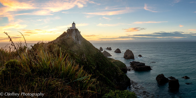 Nugget Point Lighthouse Sunrise