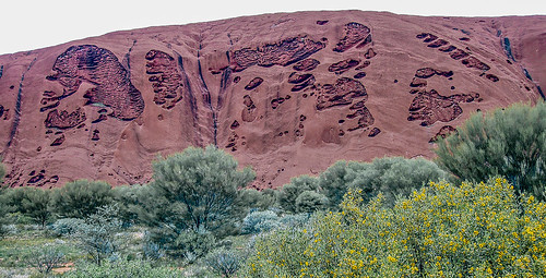 Uluru_26.jpg