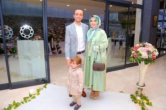 Hilmi Seral ve ailesi.