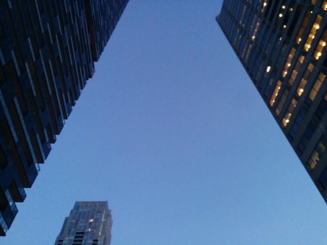 Midtown triangle, twilight #toronto #yongeandeglinton #yongestreet #midtown #skyscraper #towers #triangle #twilight #blue