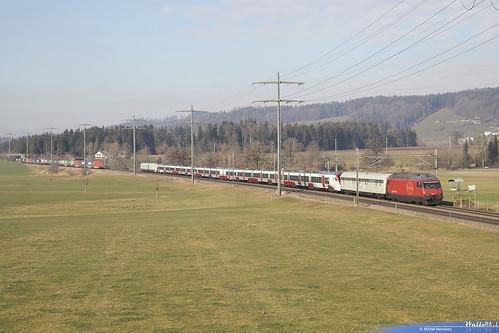Re 460 003 SBB + Stadler UK . Allmendingen bei Bern . 21.01.19.