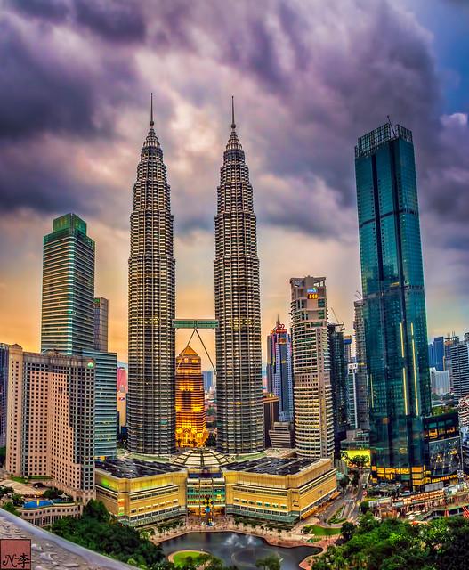 Petronas Twin Towers  (1 of 1)