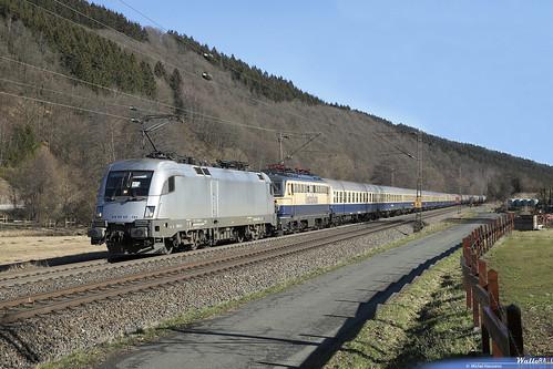ES 64 U2 101 + 1142 704 Centralbahn . 13493 Krokus Express . Benolpe, Kirchhundem . 16.02.19.