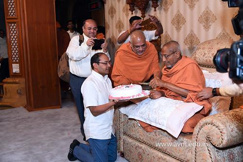Std-10-11-12-visit-to-Haridham-for-Swamishree's-Blessings-(107)   by Atmiya Vidya Mandir