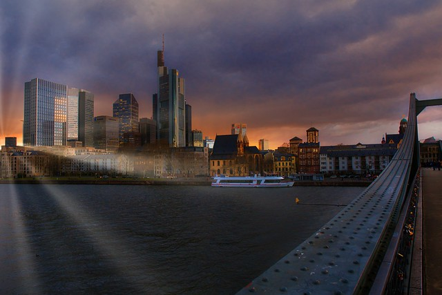 cities with a view: Frankfurt Skyline