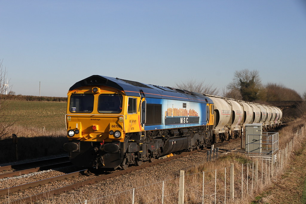 Class 66709 at Ruston Countryside