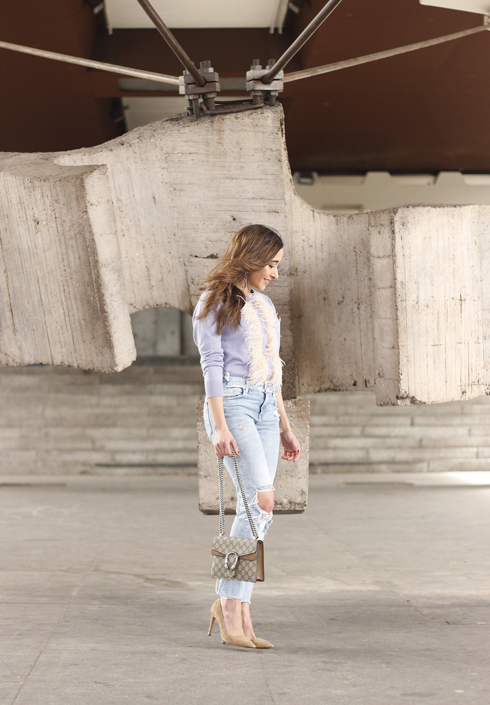 lavender sweater ripped jeans gucci bag nude heels casual street style casual outfit 20192