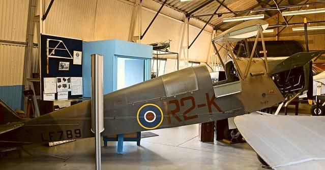 LF789 DE HAVILLAND DH.83 QUEEN BEE