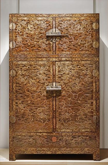 Armoire impériale chinoise (musée Guimet, Paris)