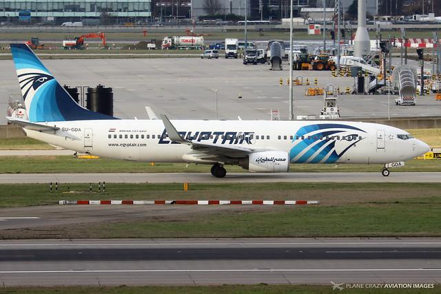 SU-GDA  -  Boeing 737-866 (WL)  -  Egypt Air  -  LHR/EGLL 11-2-19