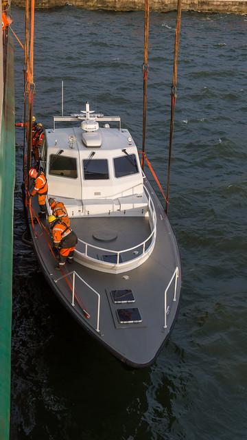 Loading Poseidon DST_5801