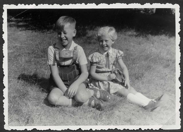 Archiv S810 Geschwister, 1950er