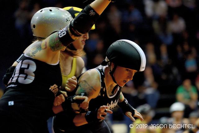 Cincinnati Rollergirls Black Sheep vs. Steel City Roller Derby Steel Hurtin', 2019-04-06 -073