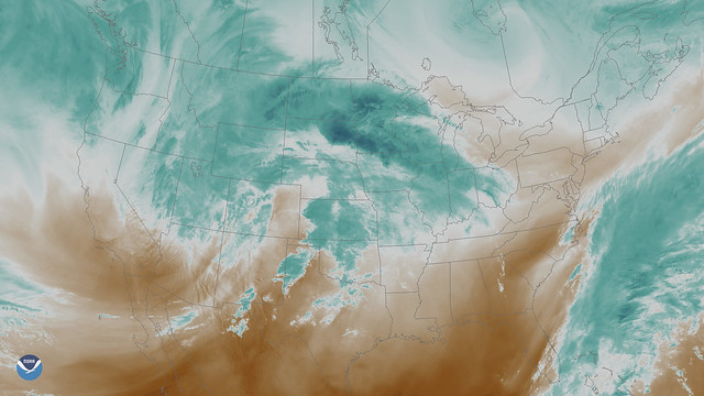 Powerful Winter Storm Takes Aim at Plains and Upper Midwest