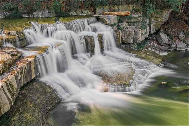 Falls on Taughannock Creek (Upstate New York)