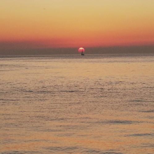 sunset sail boat sea sundown istanbul island reflection sun