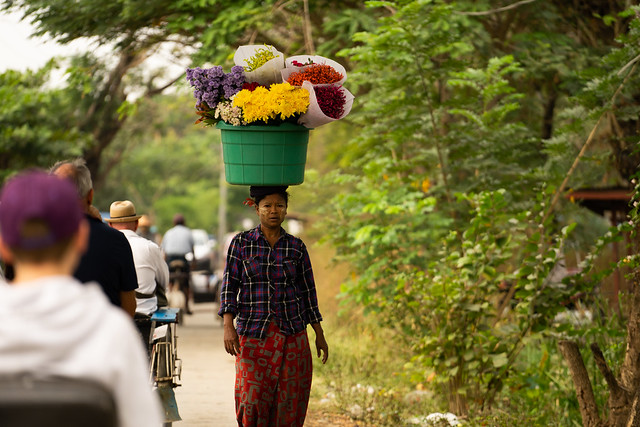 Flower Lady (Dalah, Myanmar)