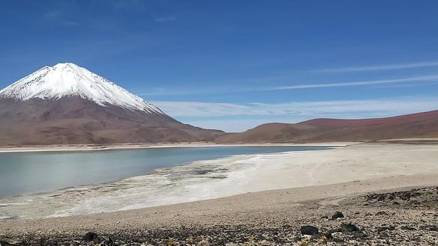 The Green and White Lagoons (Laguna Verde y Blanca), Bolivian Highlands (Altiplano Boliviano), Sur Lípez, Potosí, Bolivia.