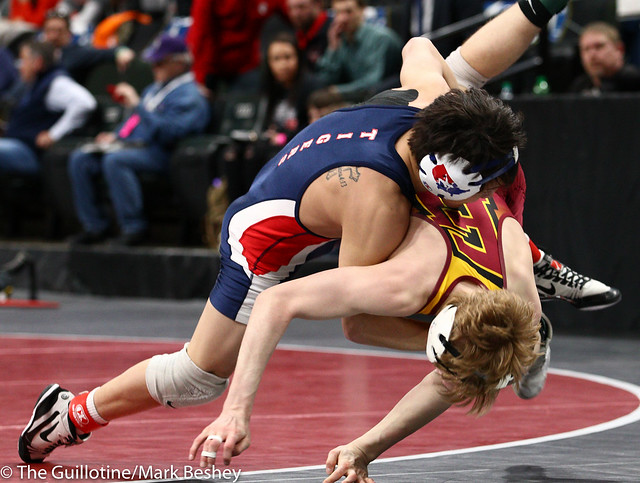 120 - Semifinal - Derrick Cardinal (Forest Lake) 45-3 won by decision over Nic Cantu (Albert Lea Area) 40-10 (Dec 6-4) - 190302amk0039