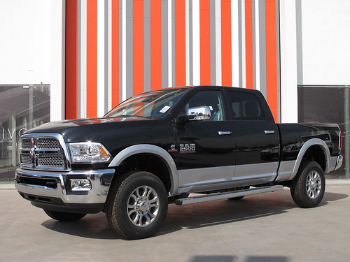 Dodge Ram 2500 Laramie Heavy Duty Crew Cab 2015 | by RL GNZLZ