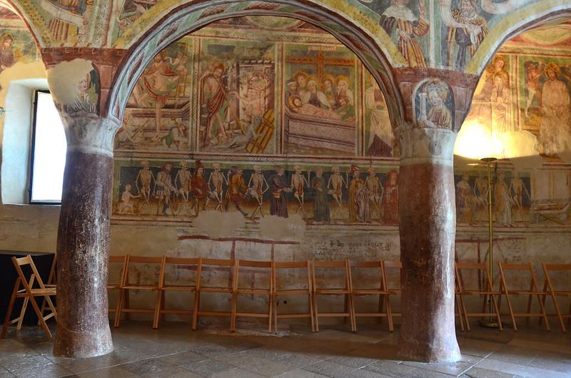 Hrastovlje, Iglesia de la Santa Trinidad
