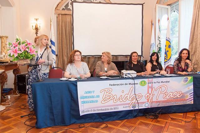 "Argentina-Uruguay-2016-11-05-South Americans Cross ""Bridge of Peace"""