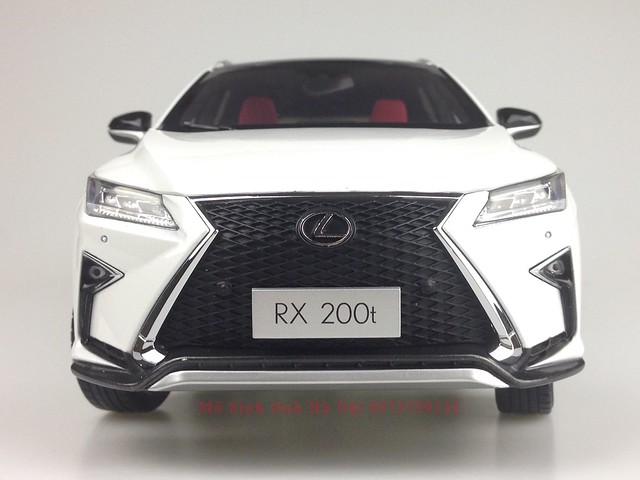 1 18 mo hinh tinh Paudi Dealer Lexus RX200T qua tang sang trong y nghia dan ong ha noi viet nam diecast 118 (4)
