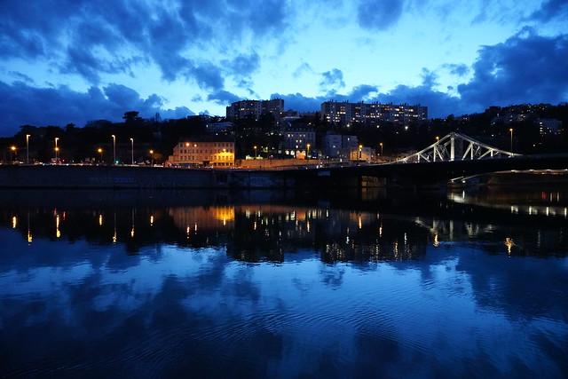 Heure bleue - Blue hour - Lyon Confluence