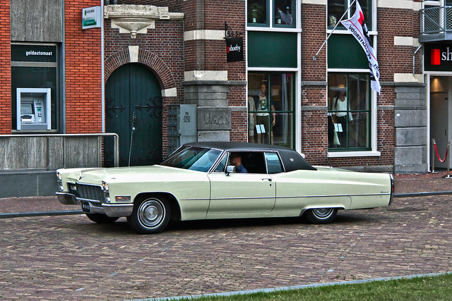 Cadillac Coupé DeVille 1968 (5251)