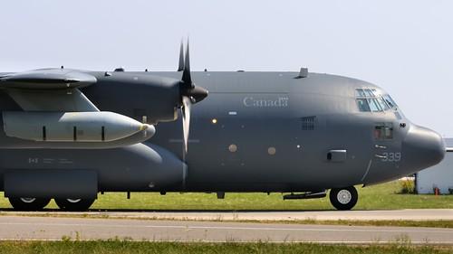 RCAF Lockheed CC-130HT Hercules transport/tanker - Toronto Pearson..